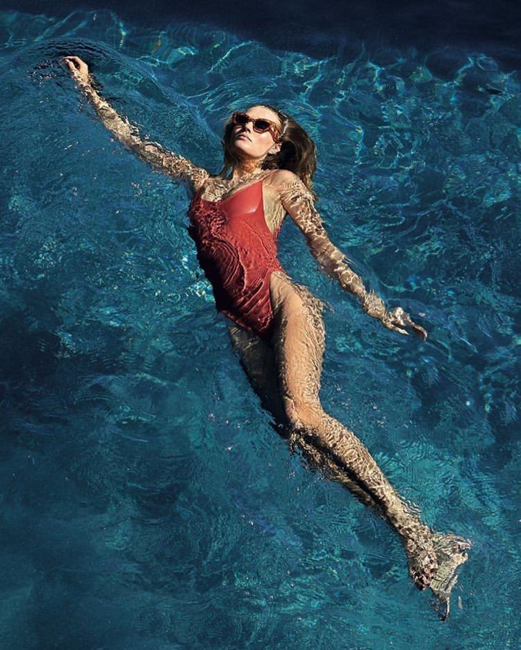 elle magazine toni garrn by xavi gordo eco swimwear nowthen nowthenlabel alona clay bañador ecológico