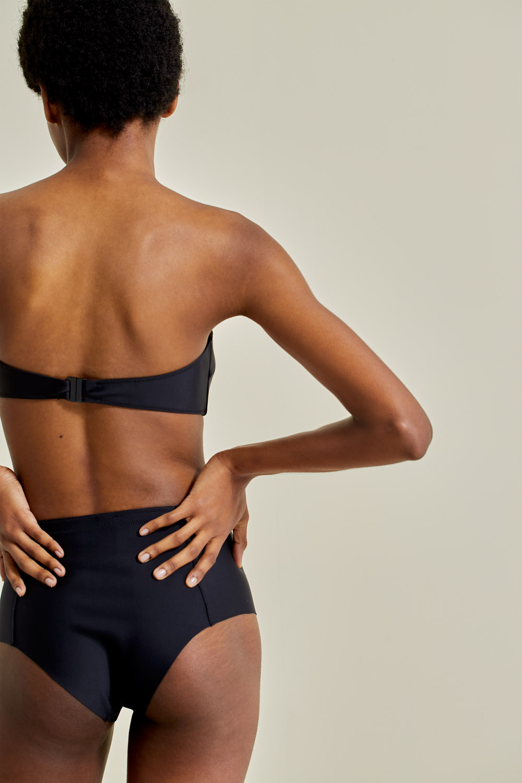 Sustainable Bikini, recycled fabric, handmade in Spain. Thila + Maafushi in black, by NOW_THEN
