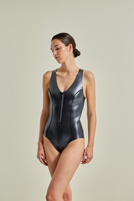 Neoprene wetsuit, petroleum-free surf ecoprene. Sylvia in gray, by NOW_THEN, sustainable swimwear.